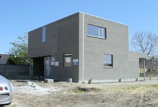 Compacte kubistische woning architect herman boonen te geel for Grondplannen woningen